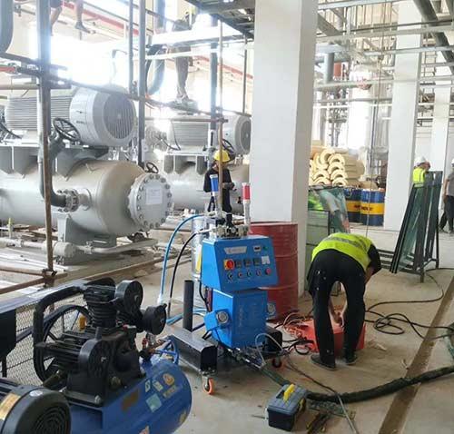 Q2600D定时定量浇注聚氨酯喷涂机